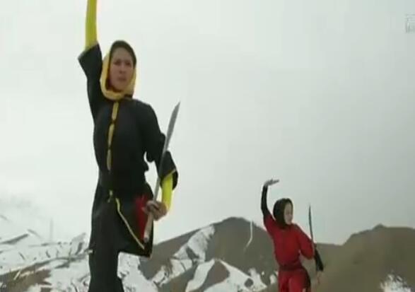 谁说女子不如男!阿富汗姑娘苦练中国功夫