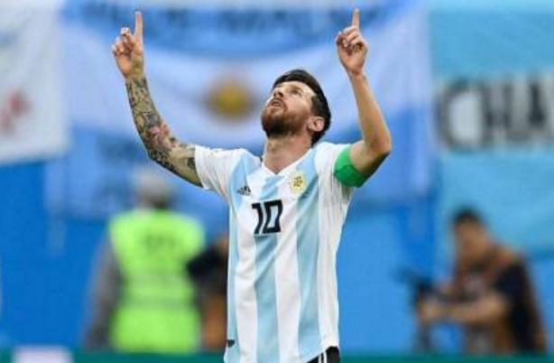 《一本正经世界杯》我是梅西,我不是天生强大,我是天生命大