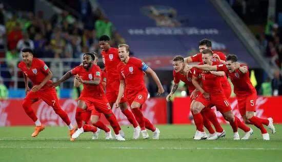 """《一本正经世界杯》三狮拒当三喵!英格兰破""""点球魔咒""""挺进八强"""